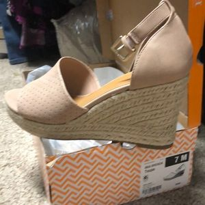 ANA (a new approach) Wedge sandals